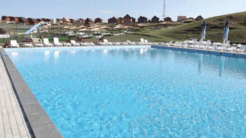 Swimming pool Baile Figa