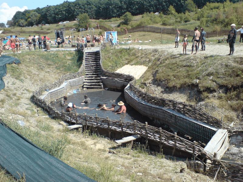 Mud treatment Baile Figa